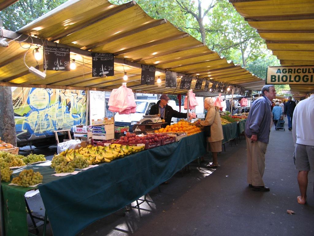 market_006.jpg
