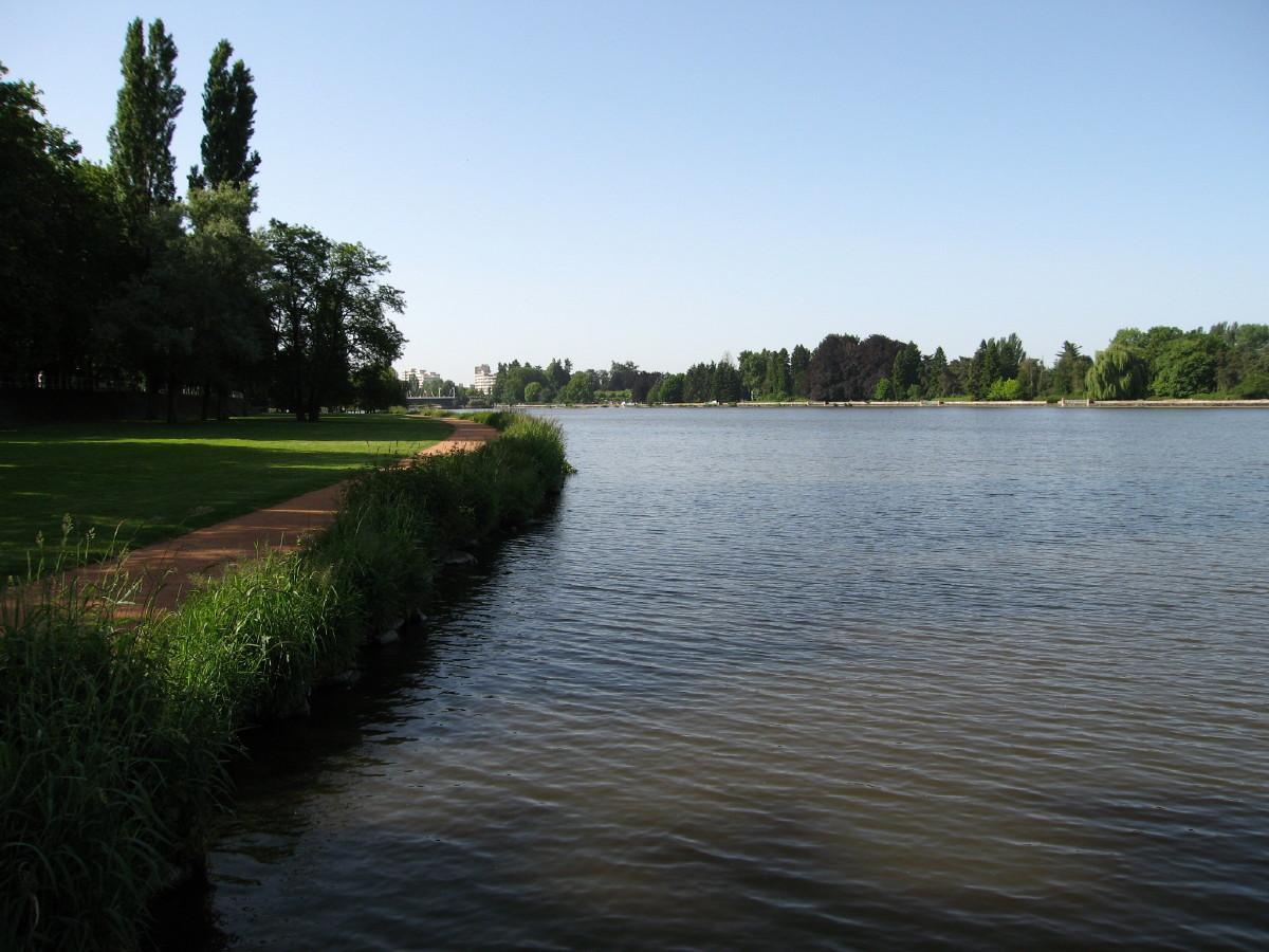11_river1.jpg